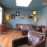 Espace salon/détente du hall d'entrée