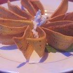Belizean Cuisine Fussion Plantain Chips with Garlic Dip