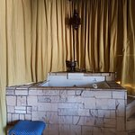 Egyptian Suite Bathtub
