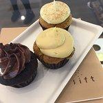 Sift Dessert - mini-cupcakes