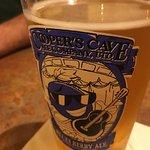Cooper's Cave Ale Company Foto