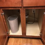 paper waste bin used for kitchen trashcan and no trash bag or liner!