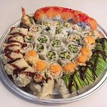 To-Go Assorted Roll Tray