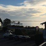The Cedarwood Inn and Suites Foto