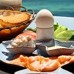 Lachsfrühstück im Sunshine Divers Club