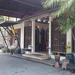Paragon Inn Foto