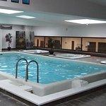 L'espace piscine et les jacuzzis
