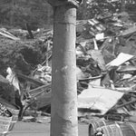 Early Photo showing Pillar Right After Destruction of the Market (public domain photo)