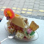 Ice-cream cottage - yum yum and so beautiful.
