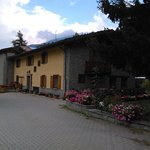 Photo de Residence Hotel La Cascina Genzianella