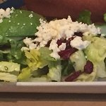 Salad with goat cheese and cranberries