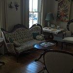 Lois Jane's Riverview Inn Photo