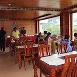 spacious dinning hall