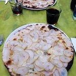 Gorgonzola e pere    Stracchino e pancetta