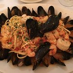 Linguine Frutti di mare without squid or clams. Yummy.