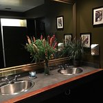 Great food and OMG clean restroom!