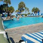 Foto de Coral Beach Resort & Suites