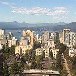 Photo de Sheraton Vancouver Wall Centre