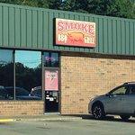 Smoke BBQ Grill照片