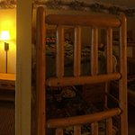 Here you have a hotel room with bunk beds for kids. There are other photos of the Treetop restau