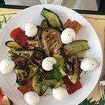 Légumes grillés et poulet du menu !