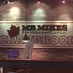Mr Mikes Steakhouse Casual Foto