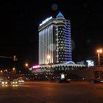 altro hotel nel giro di 500m, che fa vedere la differenza di stili e di atmosfere...