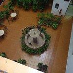 Il cortiletto interno con fontana