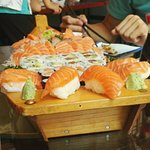 assortiment de sushi, sashimi, maki.....