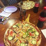 Excellante Pizza. Temps d'attente raisonnable.