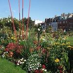 Le jardin de l'hôtel de ville près des Bourgeois de Calais