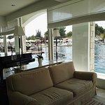 Bar con vista piscina termale