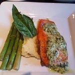 BASIL AÏOLI BROILED STEELHEAD SALMON oven broiled basil aioli salmon, sautéed asparagus with lem