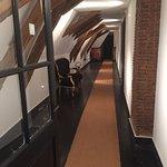 Couloir desservant les chambres en étage