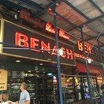 Benash Delicatessen Foto