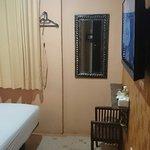 Twins Hotel Foto