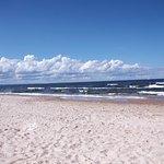 The beach on Sobieskwo Island