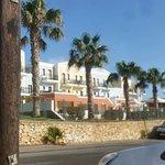 Photo de Camari Garden Apartments