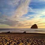 Beautiful Cape Kiwanda -short walk from the motel