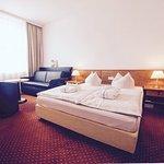 Novina Hotel Tillypark Foto