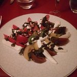 Salade tomates mozzarella et basilic