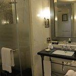 Fairmont Peace Hotel Resmi