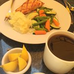 Salmon with Creamy Mashed Potatoes and Steamed Veggies