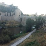 Photo de Alcantara Bridge