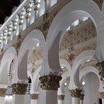 Columnas, arcos y techos
