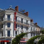 Photo of Hotel Le Saint-Georges