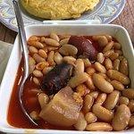 Fabada asturiana brutal y tortilla de patata con pisto muy rica