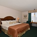 Photo of Best Western Salbasgeon Inn & Suites of Reedsport