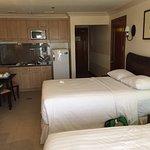 Photo de Crown Regency Suites Mactan