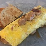 Ordered the Bubba Omelette with no potatoes today!! Shrimp, sausage, tomatoes, peppers, cheese,